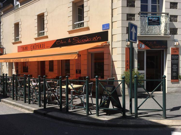 Chez Le Sarrazin Dinard - Façade