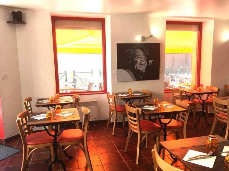 Chez Le Sarrazin Dinard - Salle de restaurant