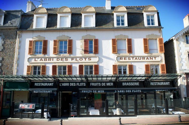 L-Abri-des-Flots-Dinard-facade