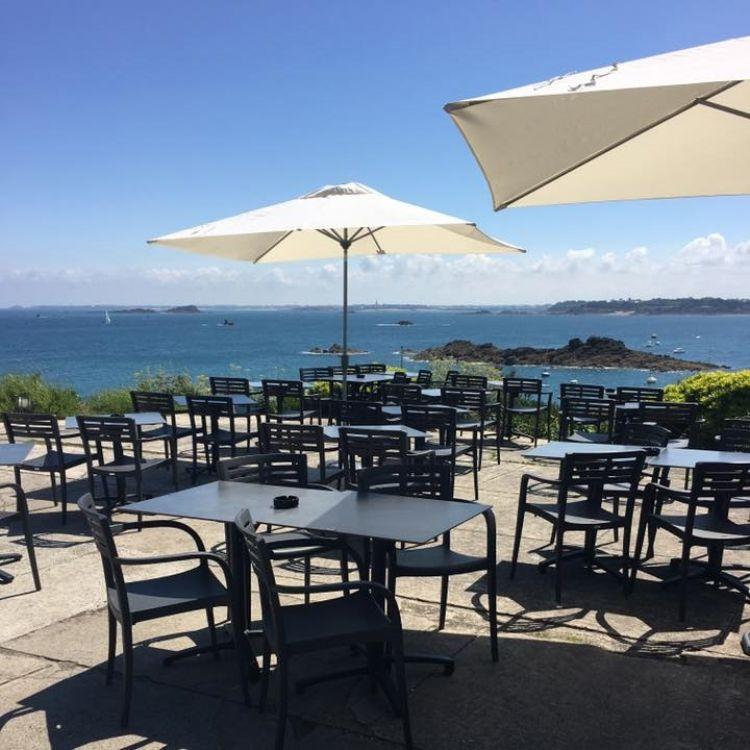 L'Amirauté Saint-Lunaire terrasse vue mer