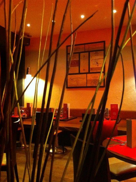 L-Aventure-Dinard-tables-dressees